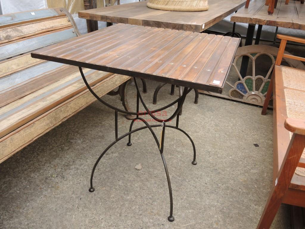 Tavolo base ferro piano legno per esterno per terrazzi - Mobili in ferro per esterno ...
